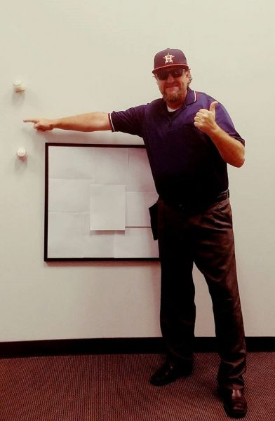 Gregg-Garfinkel_Umpire-Costume_World-Series_Dodgers-Astros_Stone-Dean-Law